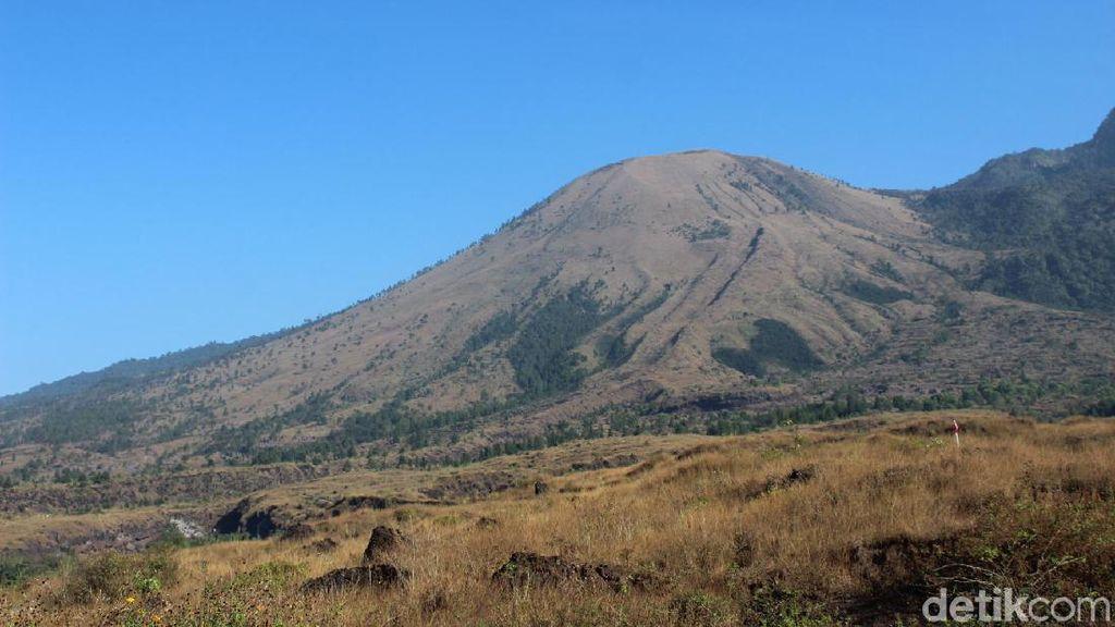 Cerita Macan Siluman dan Larangan Tiup Suling di Gunung Guntur Garut