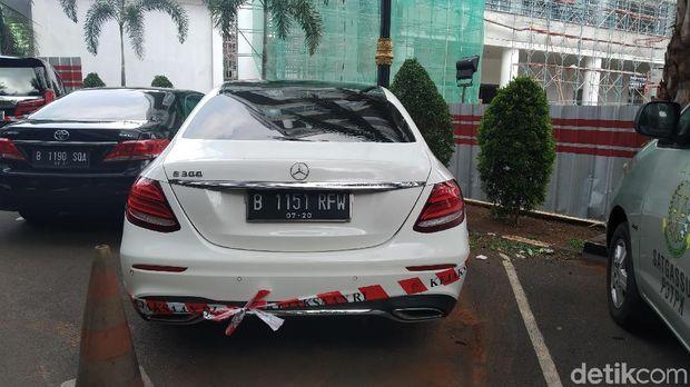 4 Mobil Mewah Disita Kejagung di Kasus Jiwasraya, Ini Pemiliknya