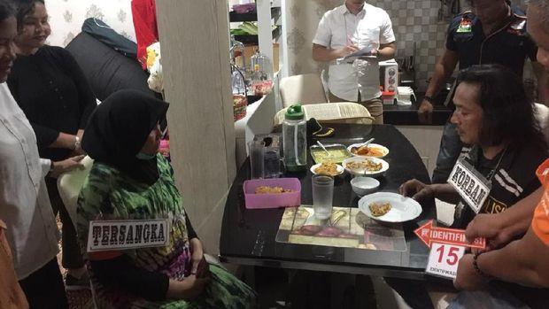 Di hari pembunuhan, Zuraida sempat menemani Jamaluddin makan malam