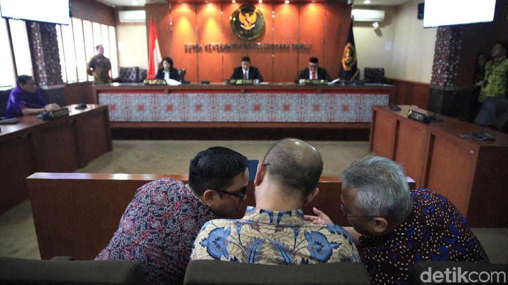Cinta Atasan ke Bawahan Berujung Pemecatan Anggota KPU di Sultra