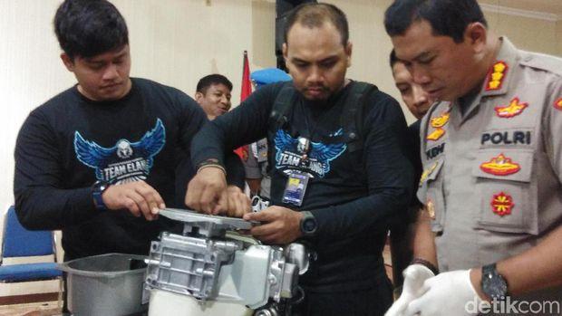 Pesan 5.000 Pil Ekstasi Via Genset, Kakat Beradik di Makassar Ditangkap