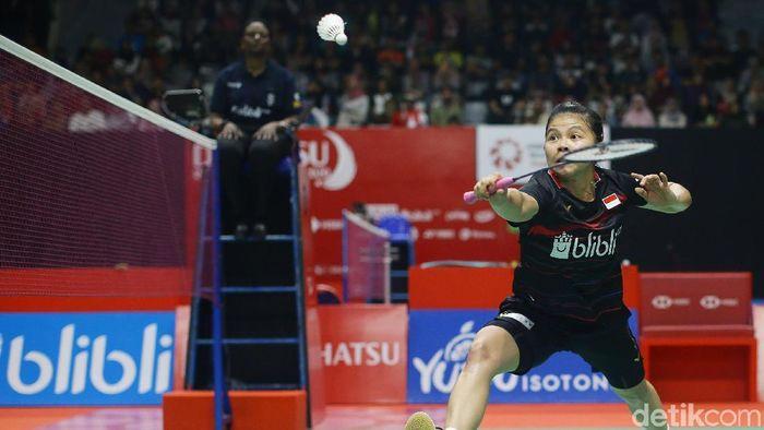 Ganda putri Indonesia, Greysia Polii/Apriyani Rahayu, melaju ke perempat final Indonesia Masters 2020. Tiket direbut setelah mereka singkirkan pasangan Kanada.