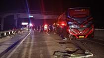 Bus vs Truk di Tol Sragen, Ini Identitas 10 Korban dan Lokasi Dirawat