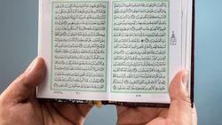 Kandungan Surat Al-Baqarah Ayat 45, Tentang Sabar dan Sholat