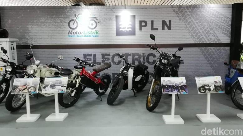 Pameran Motor Listrik di Kantor PT Perusahan Listrik Negara (PLN) Foto: Rizki Pratama