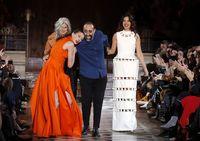 Model Batal Tampil di Paris Fashion Week karena Berdarah Israel