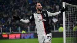 Gonzalo Higuain Diragukan Tampil Lawan Milan