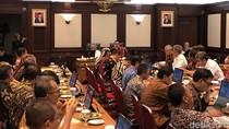 Didampingi RK, Menteri Basuki Pimpin Rakor Penanganan Banjir Jabar