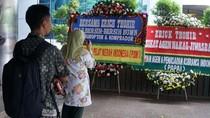 Terkait Jiwasraya, Kantor Erick Thohir Banjir Karangan Bunga