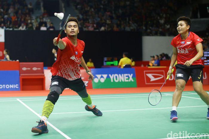 Tontowi Ahmad tampil beda dengan memakai legging di Indonesia Masters 2020. (Foto: Grandyos Zafna)