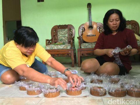 Kue Keranjang Buatan Mojokerto yang Pertahankan Resep Asli