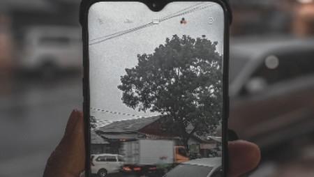 Antara Senja, Hujan dan Aktivitasku