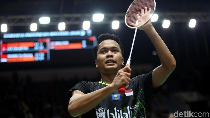 Tunggal putra Indonesia Anthony Sinisuka Ginting melaju ke semifinal Indonesia Masters 2020. Ia lolos usai kalahkan wakil China Huang Yu Xiang 21-11 dan 21-14.