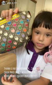 Ulang Tahun Ke-5, Gempi Dapat Kado Mevvah Tas Gucci dari Rafathar
