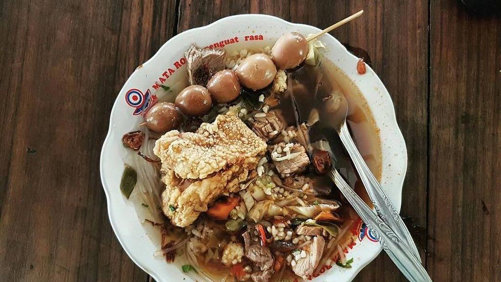 Selain SGPC di Dekat Kampus UGM Ada Ayam Geprek dan Nasi Bebek Enak