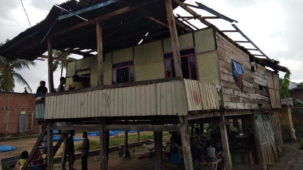 Diterjang Puting Beliung, 5 Rumah Warga di Polewali Mandar Rusak