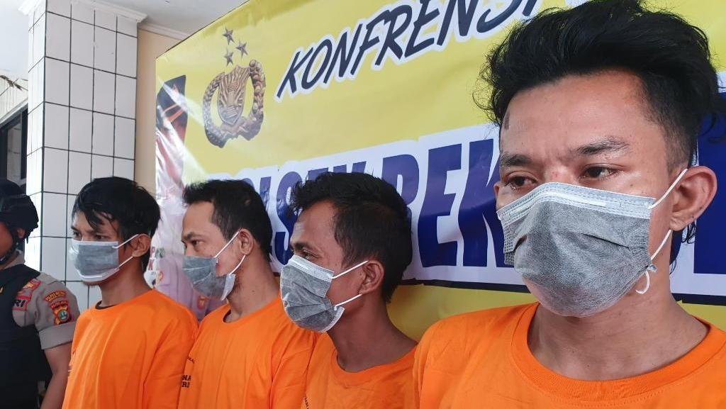 Nyamar Pakai Rompi Proyek, 4 Pencuri Besi Jalan Tol di Bekasi Ditangkap