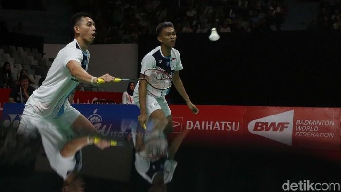 Ganda putra Indonesia Fajar Alfian/Muhammad Rian Ardianto melaju ke semifinal Indonesia Masters 2020. Mereka susah payah mengalahkan wakil Denmark.
