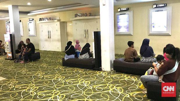 Tumbuh di 'Lahan Kosong' Bioskop di Daerah