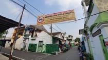 Ketua RW di Bekasi Ini Bikin Aturan: Warga Mau Beli Mobil Wajib Punya Garasi