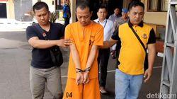 Modal Seragam Polisi, Pria Tasikmalaya Tipu 2 Janda Kenalan di Michat