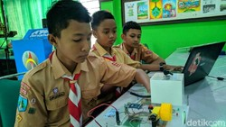 Hebat, Pelajar SMP Ponorogo Bikin Alat Pencegah Anak-anak Kendarai Motor