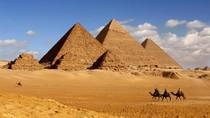 Sebut Piramida Buatan Alien, Elon Musk Diundang ke Mesir