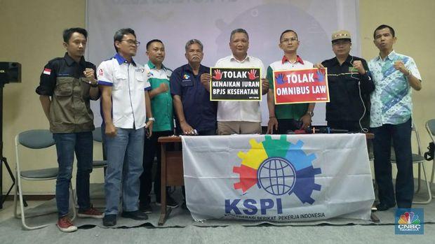 Omnibus Law Disahkan, Buruh Ancam Mogok Massal