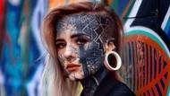 Penampilan Wanita yang Tutupi 90% Kulit Tubuhnya dengan Tato