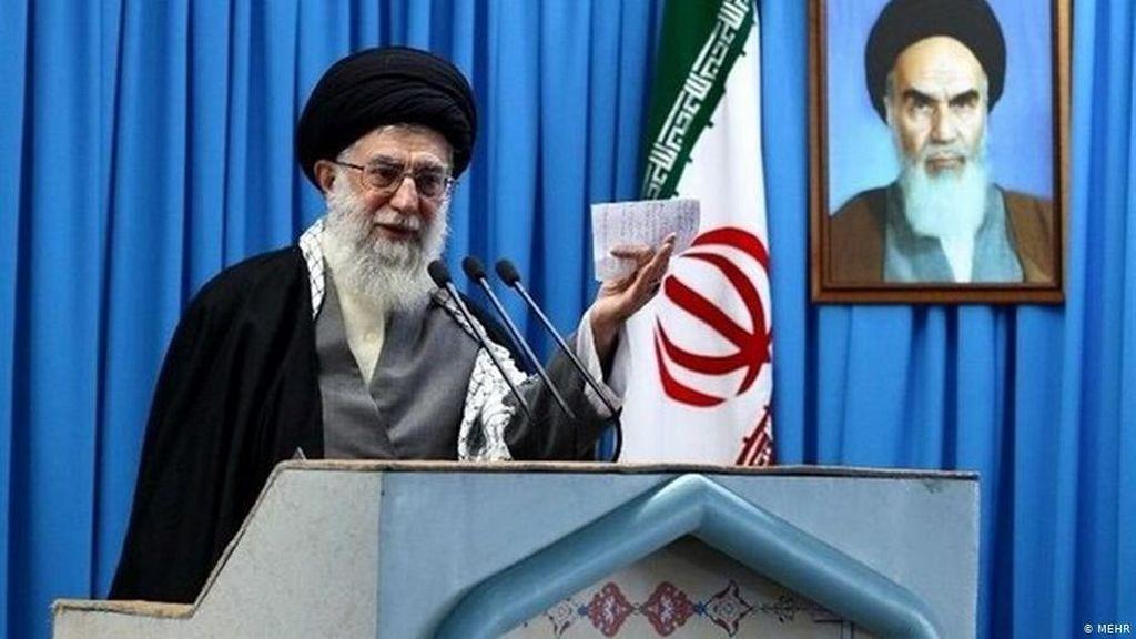 Khamenei: Serangan Iran Pukulan Telak bagi Citra AS