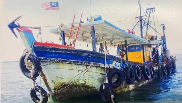 Kapal yang digunakan kedelapan WNI yang diculik di perairan Tambisan Lahad Datu Malaysia (Foto: dok. Antara)