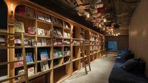 Foto Hotel Kapsul Unik di Jepang dengan 1.700 Buku, Tidur Dikelilingi Buku