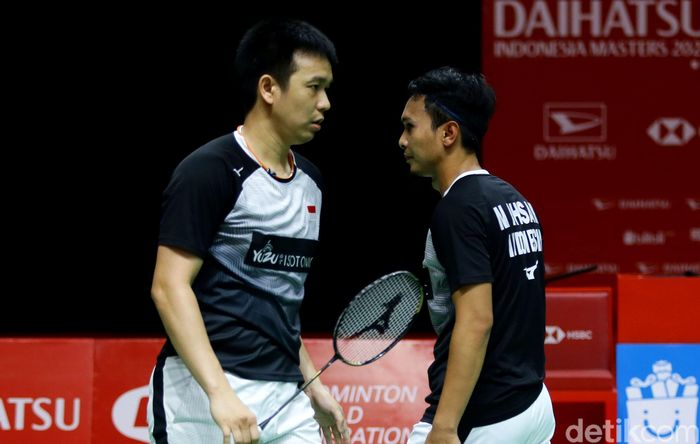 Laga derby Indonesia di babak semifinal antara Hendra/Ahsan dan Fajar/Rian berlangsung sengit. Tiket final akhirnya dikantongi Hendra/Ahsan.