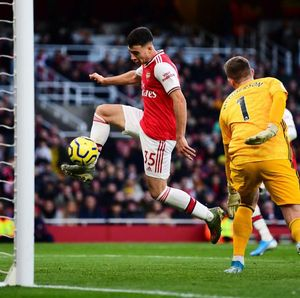 Arsenal Unggul 1-0 atas Sheffield di Babak I