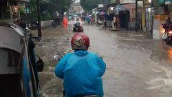 Ingat! Jangan Sembarangan Terobos Banjir