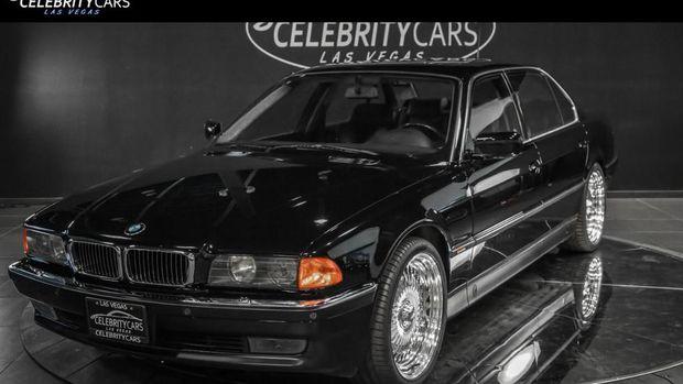 Mobil yang ditumpangi Tupac Shakur saat kejadian