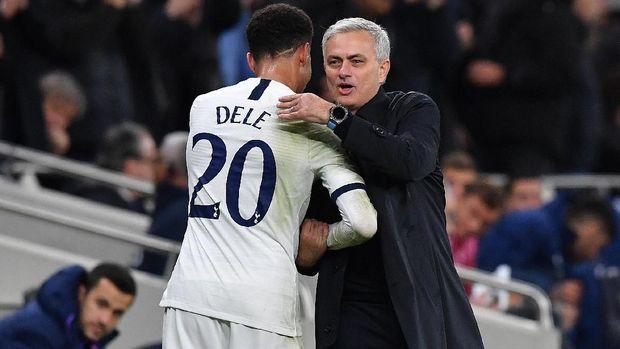 Hubungan Mourinho dan Alli memanas.