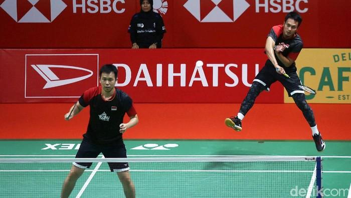 Kevin Sanjaya Sukamuljo/Marcus Fernaldi Gideon menjadi juara Daihatsu Indonesia Masters 2020. Mereka memenangi final melawan Mohammad Ahsan/Hendra Setiawan.