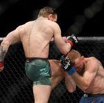 Hanya Butuh 40 Detik, McGregor Menang TKO atas Cerrone