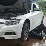 8 Tips Memilih Mobil Bekas Pasca Banjir