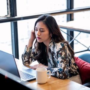 Aktif di Online Dating, 4 Zodiak Ini Paling Jago Kencan Virtual