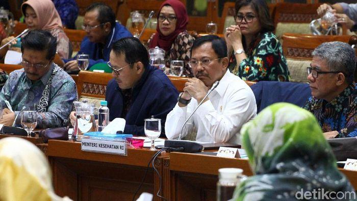 Komisi IX DPR menggelar rapat dengar pendapat (RDP) untuk membahas kenaikan iuran BPJS Kesehatan. Menkes Terawan Agus Putranto turut hadir di rapat tersebut.