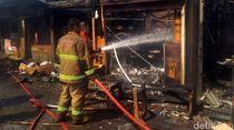 Pasar Penampungan di Sukabumi Terbakar, Warga-Petugas Damkar Terluka