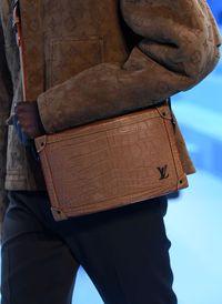 Tren Tas Pria Louis Vuitton yang Kekinian dari Koleksi Fall 2020