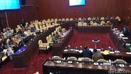 Rapat dengan DPR, Importir Bawang Putih Ngeluh Kebijakan Wajib Tanam