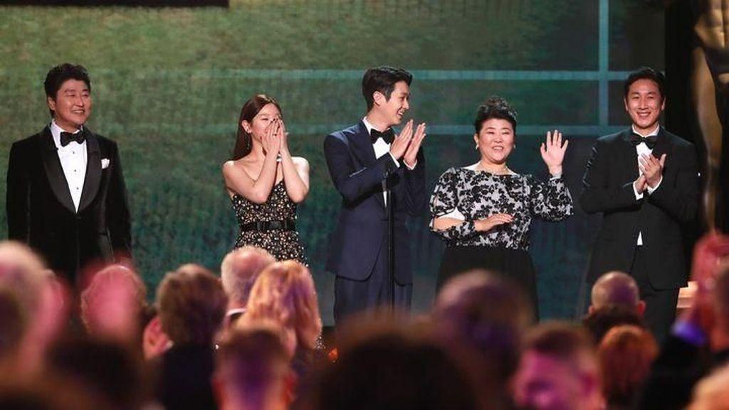 Menang Lagi, Parasite Buat Sejarah di SAG Awards 2020