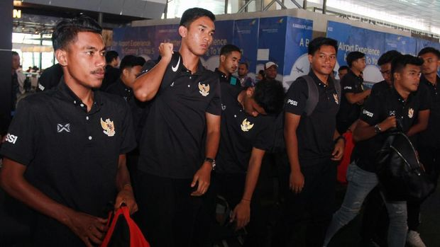 Para pemain Timnas Indonesia U-19 bertolak ke Thailand. (