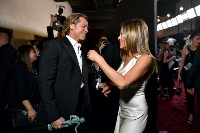 LOS ANGELES, CALIFORNIA - JANUARY 19: Brad Pitt and Jennifer Aniston attend the 26th Annual Screen Actors Guild Awards at The Shrine Auditorium on January 19, 2020 in Los Angeles, California. 721313 (Photo by Emma McIntyre/Getty Images for Turner)