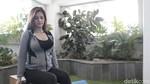 Katrina Kaif Tetap Kece Di Usia Hampir Kepala Empat