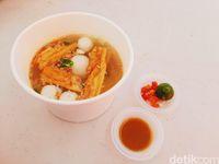 Rayakan Imlek dengan Makan Bakmi hingga Nonton Wayang Potehi di Sini!